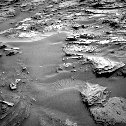 Nasa's Mars rover Curiosity acquired this image using its Left Navigation Camera on Sol 1085, at drive 1726, site number 49