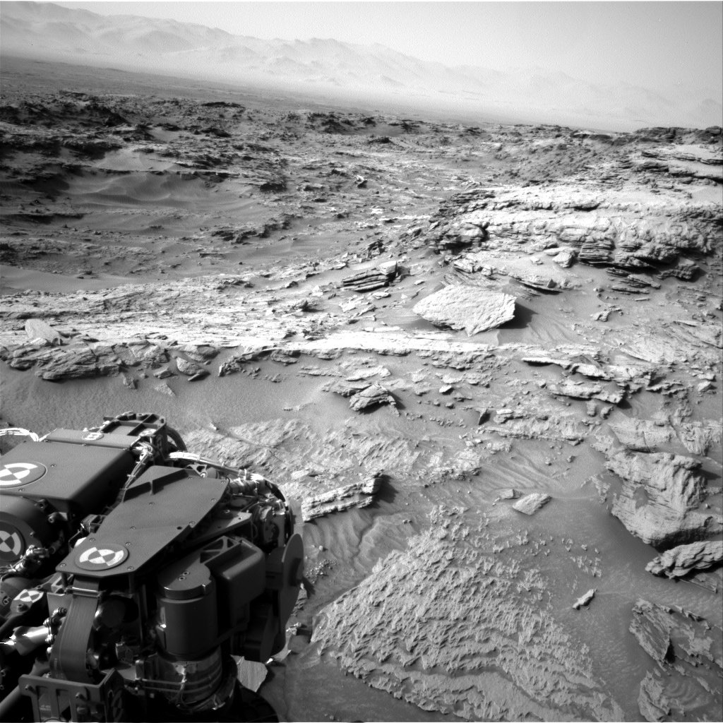 Nasa's Mars rover Curiosity acquired this image using its Right Navigation Camera on Sol 1085, at drive 1798, site number 49