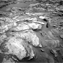 Nasa's Mars rover Curiosity acquired this image using its Left Navigation Camera on Sol 1087, at drive 1864, site number 49