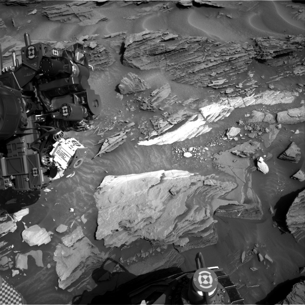 Nasa's Mars rover Curiosity acquired this image using its Right Navigation Camera on Sol 1089, at drive 1876, site number 49