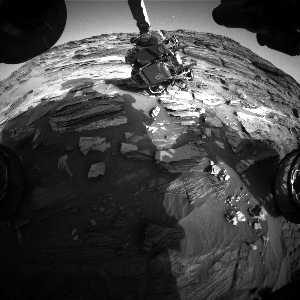 NASA's Mars rover Curiosity acquired this image using its Front Hazard Avoidance Cameras (Front Hazcams) on Sol 1092