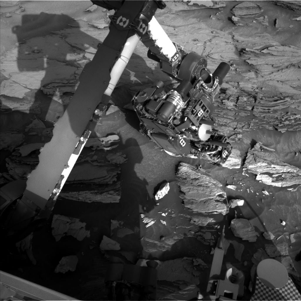 Nasa's Mars rover Curiosity acquired this image using its Left Navigation Camera on Sol 1092, at drive 1876, site number 49