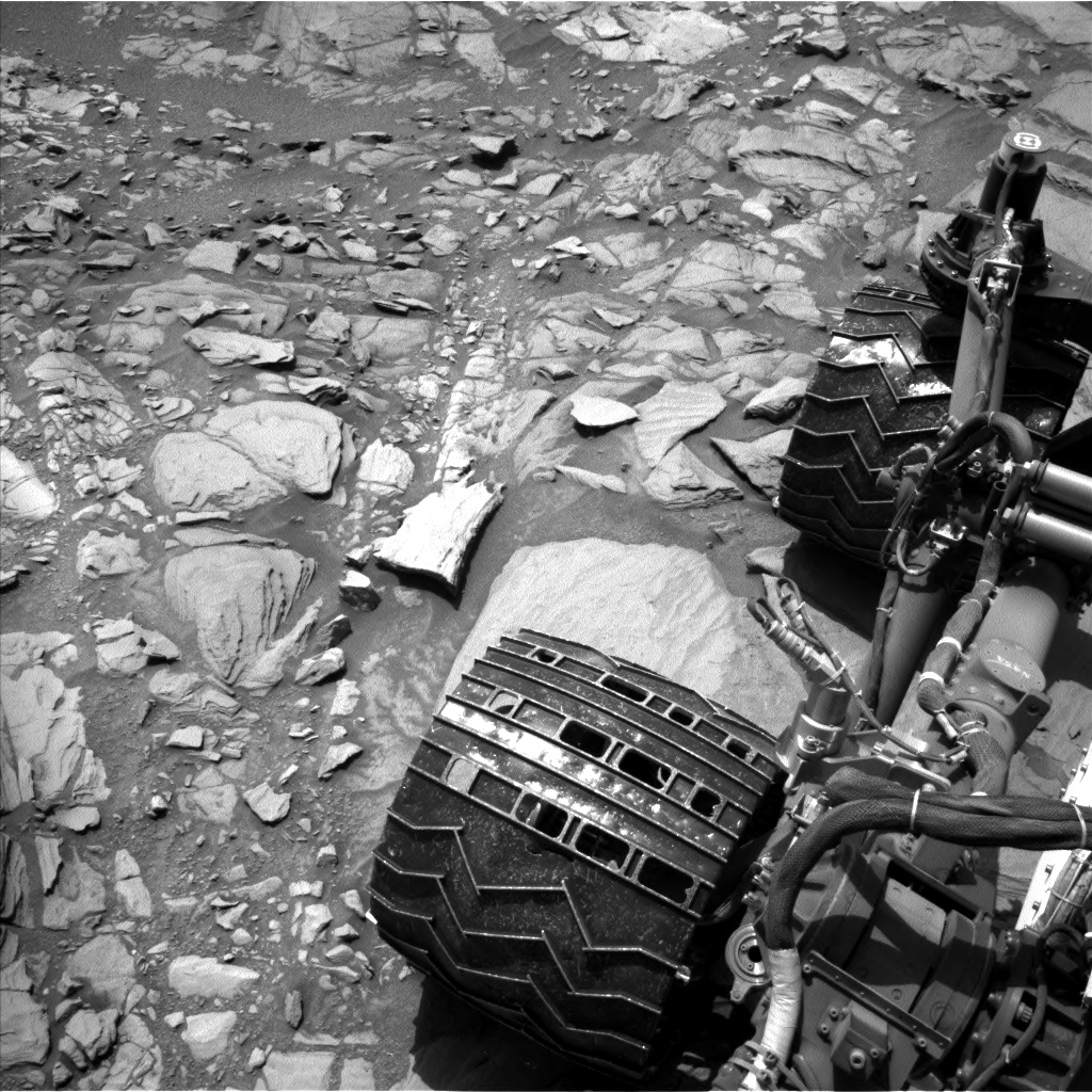 Nasa's Mars rover Curiosity acquired this image using its Left Navigation Camera on Sol 1094, at drive 2236, site number 49