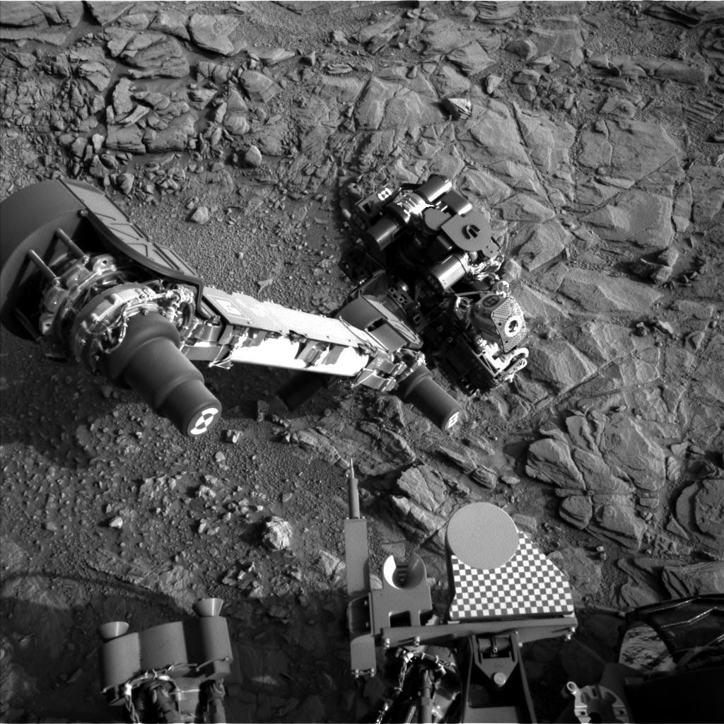 Nasa's Mars rover Curiosity acquired this image using its Left Navigation Camera on Sol 1097, at drive 2236, site number 49