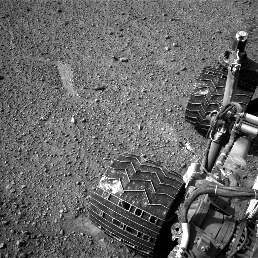 Nasa's Mars rover Curiosity acquired this image using its Left Navigation Camera on Sol 1100, at drive 2902, site number 49