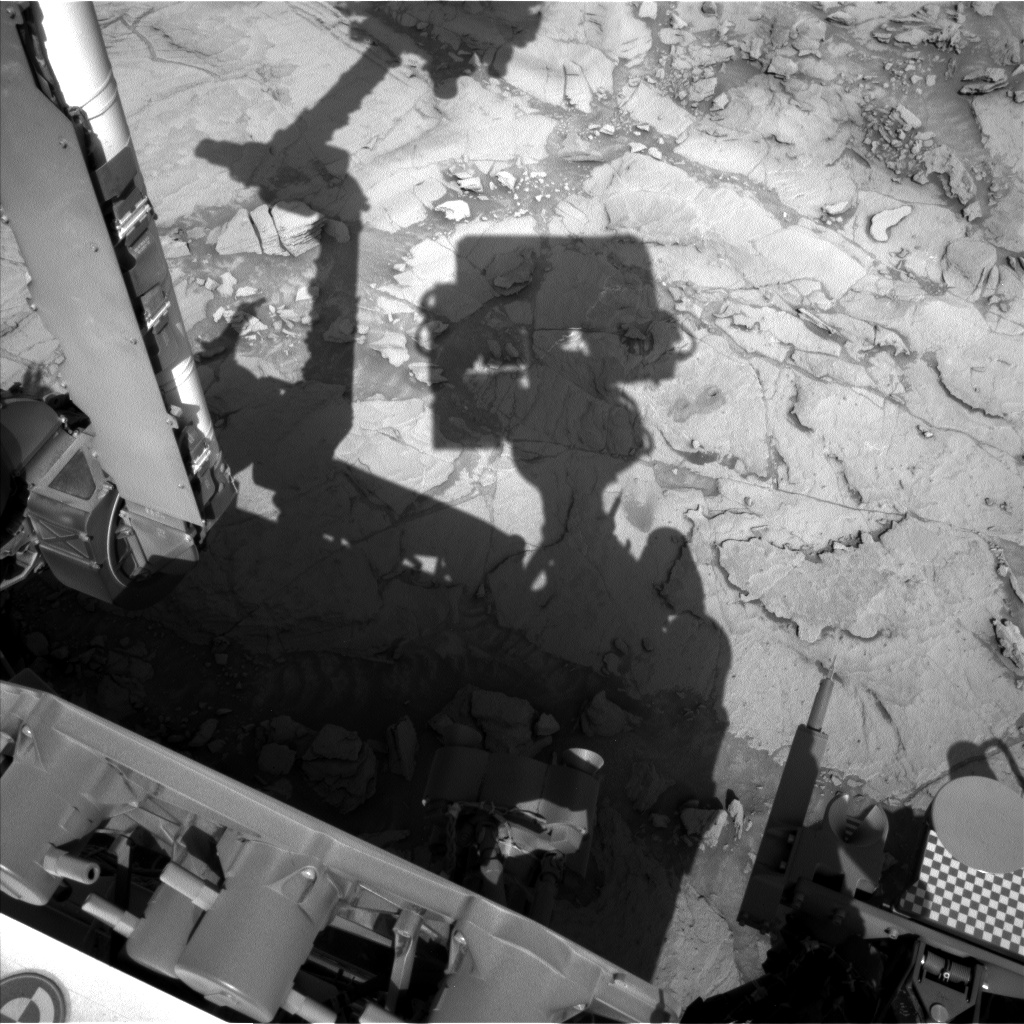 Nasa's Mars rover Curiosity acquired this image using its Left Navigation Camera on Sol 1123, at drive 592, site number 50