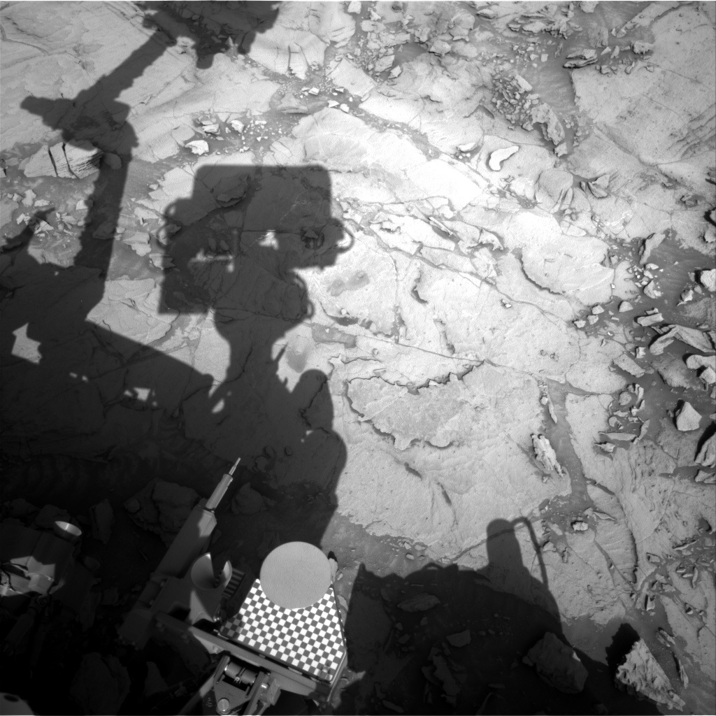 NASA's Mars rover Curiosity acquired this image using its Right Navigation Cameras (Navcams) on Sol 1123