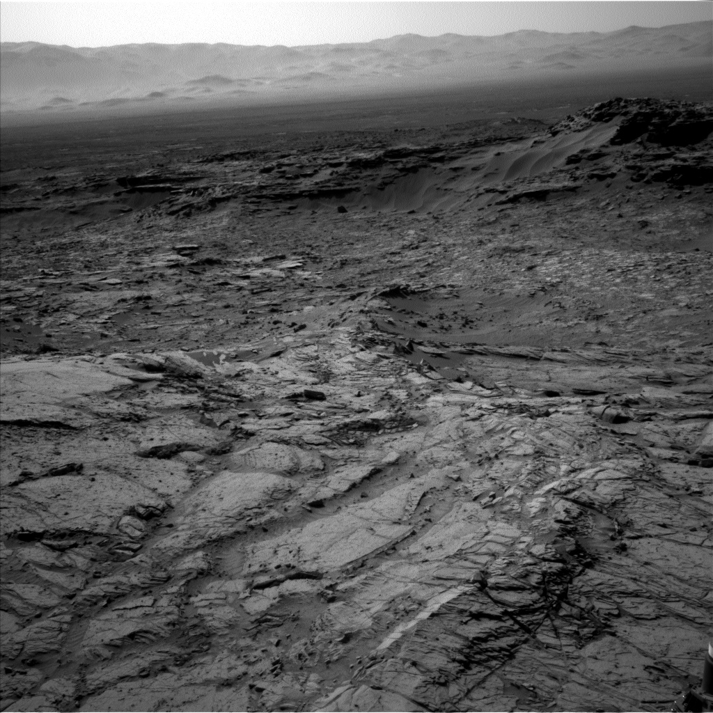 Nasa's Mars rover Curiosity acquired this image using its Left Navigation Camera on Sol 1128, at drive 676, site number 50