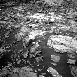 Nasa's Mars rover Curiosity acquired this image using its Left Navigation Camera on Sol 1185, at drive 1778, site number 51