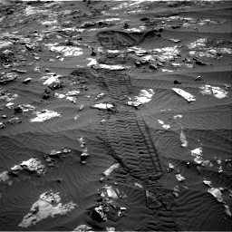 Nasa's Mars rover Curiosity acquired this image using its Right Navigation Camera on Sol 1194, at drive 2676, site number 51