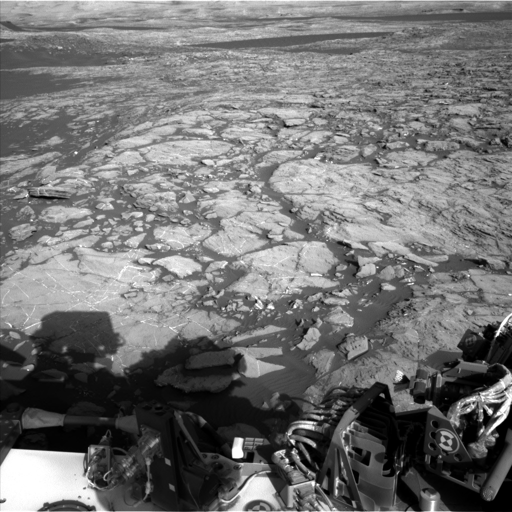 Nasa's Mars rover Curiosity acquired this image using its Left Navigation Camera on Sol 1196, at drive 0, site number 52