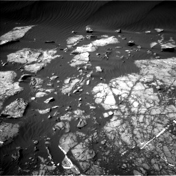 Nasa's Mars rover Curiosity acquired this image using its Left Navigation Camera on Sol 1216, at drive 620, site number 52