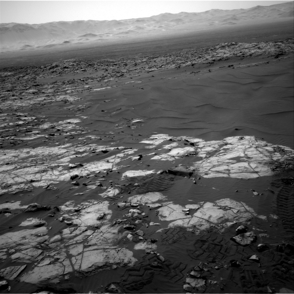 Nasa's Mars rover Curiosity acquired this image using its Right Navigation Camera on Sol 1247, at drive 1370, site number 52