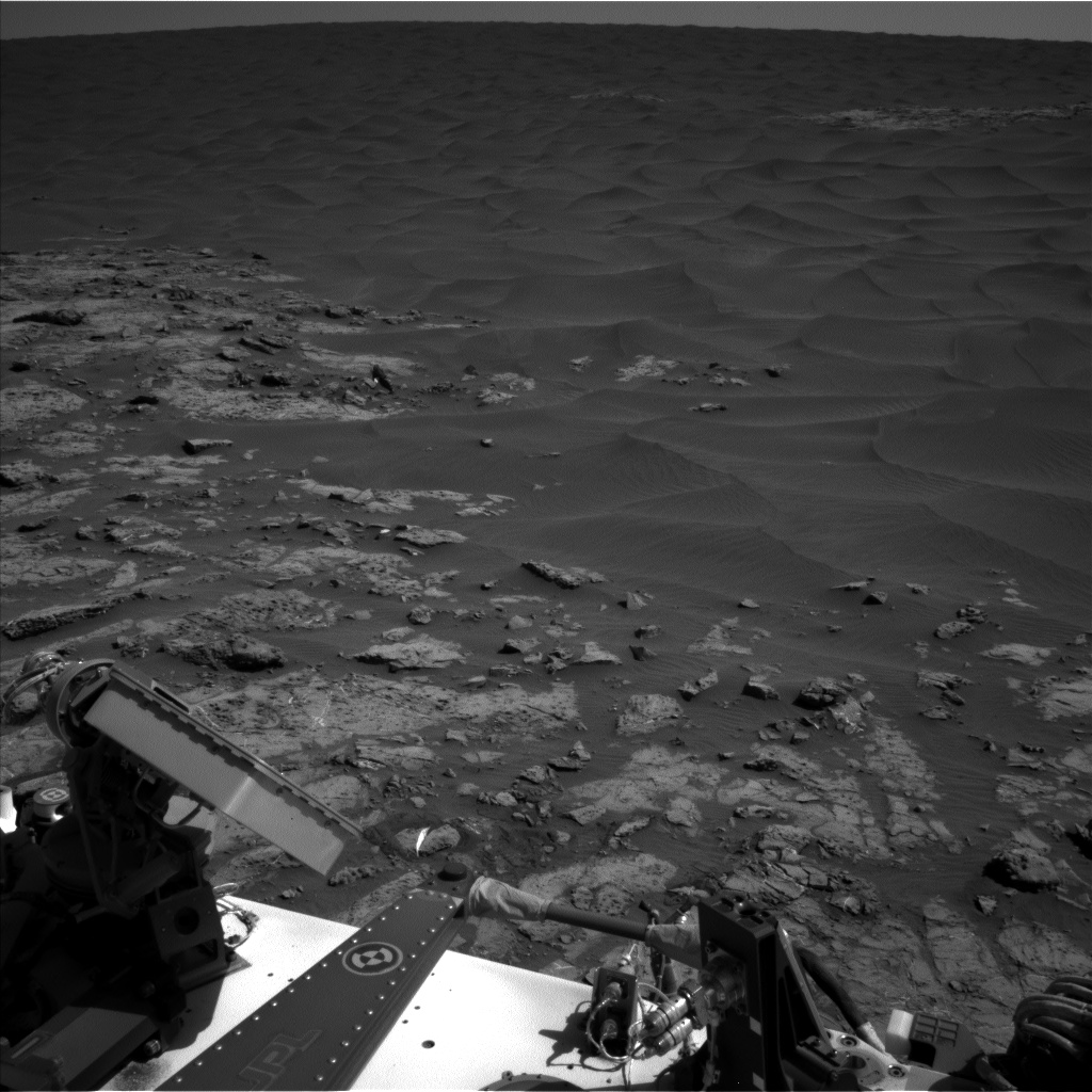 Nasa's Mars rover Curiosity acquired this image using its Left Navigation Camera on Sol 1250, at drive 2388, site number 52