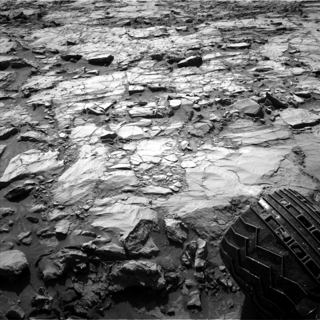 Nasa's Mars rover Curiosity acquired this image using its Left Navigation Camera on Sol 1257, at drive 2678, site number 52
