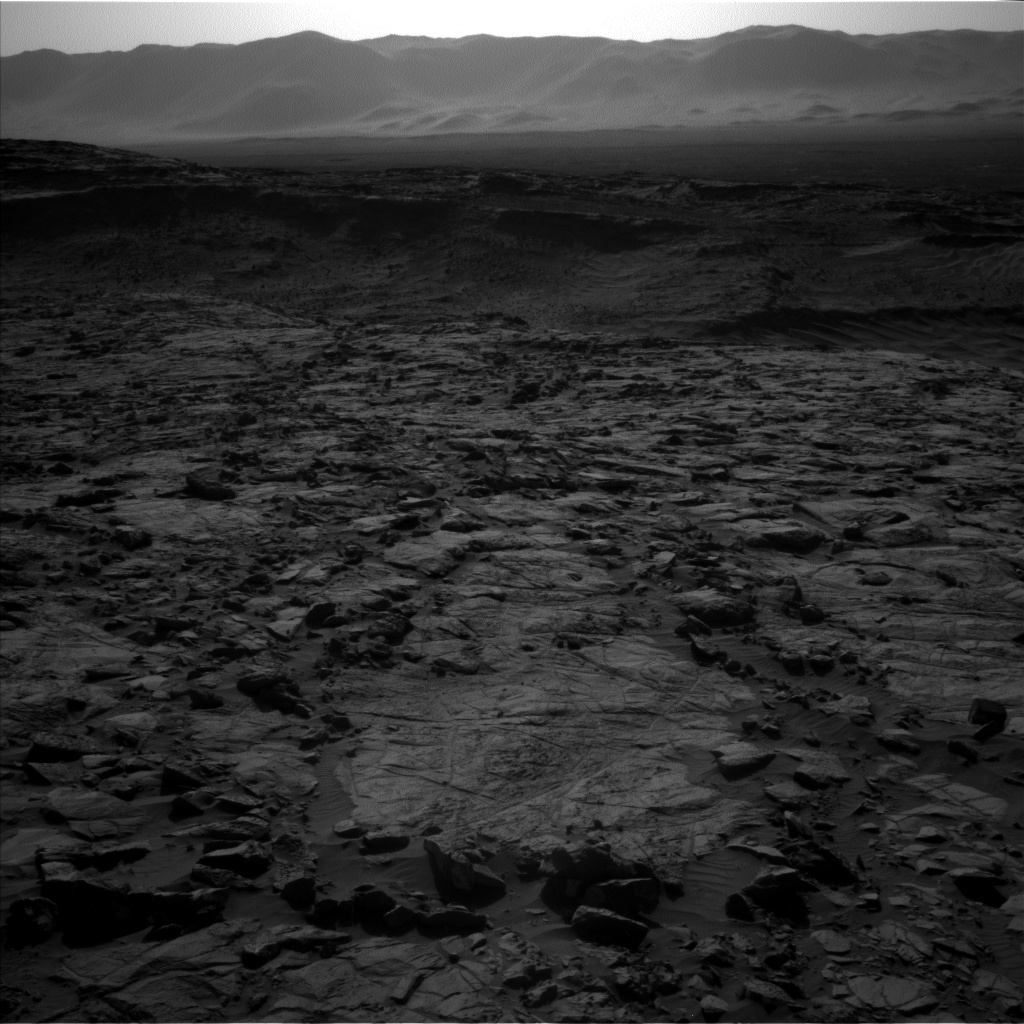 Nasa's Mars rover Curiosity acquired this image using its Left Navigation Camera on Sol 1262, at drive 0, site number 53