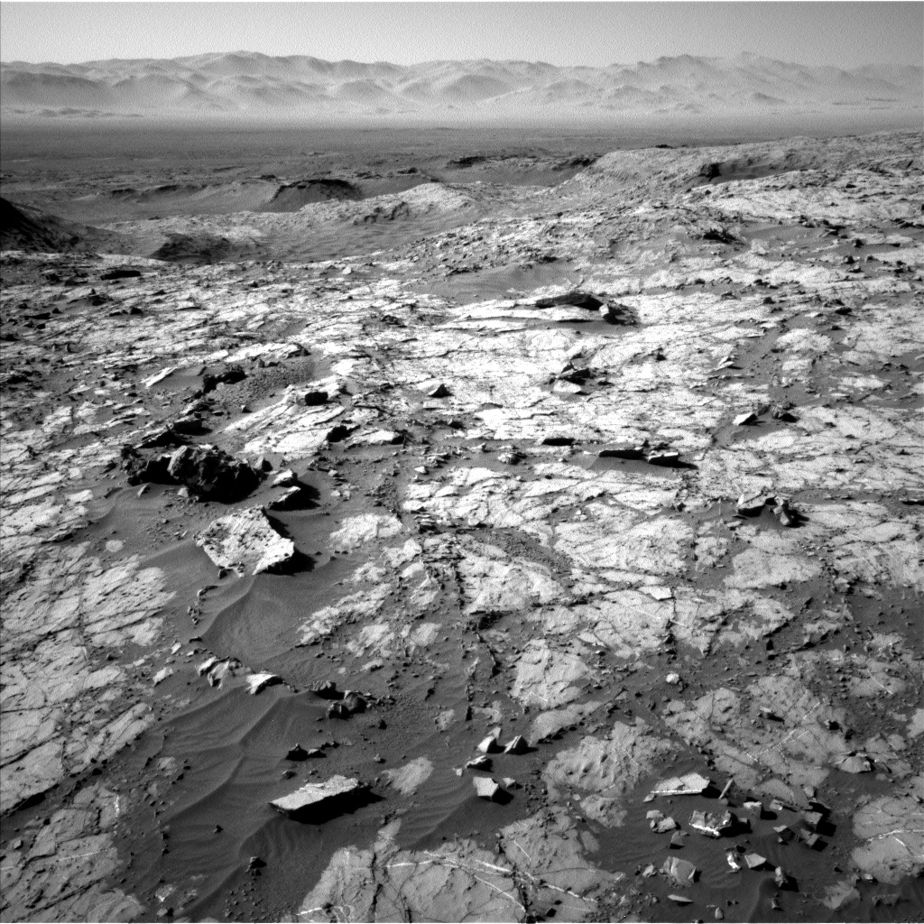 Nasa's Mars rover Curiosity acquired this image using its Left Navigation Camera on Sol 1267, at drive 372, site number 53