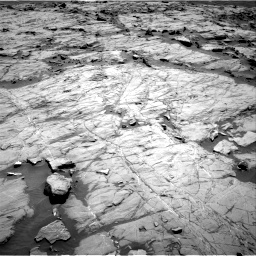 Nasa's Mars rover Curiosity acquired this image using its Right Navigation Camera on Sol 1267, at drive 198, site number 53
