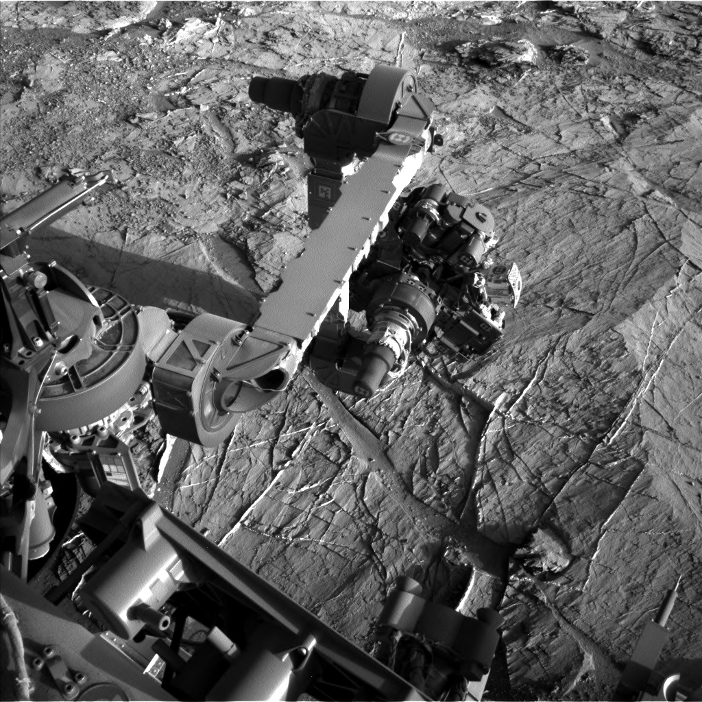 Nasa's Mars rover Curiosity acquired this image using its Left Navigation Camera on Sol 1275, at drive 1056, site number 53