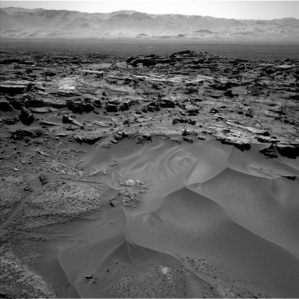 Nasa's Mars rover Curiosity acquired this image using its Left Navigation Camera on Sol 1276, at drive 1182, site number 53