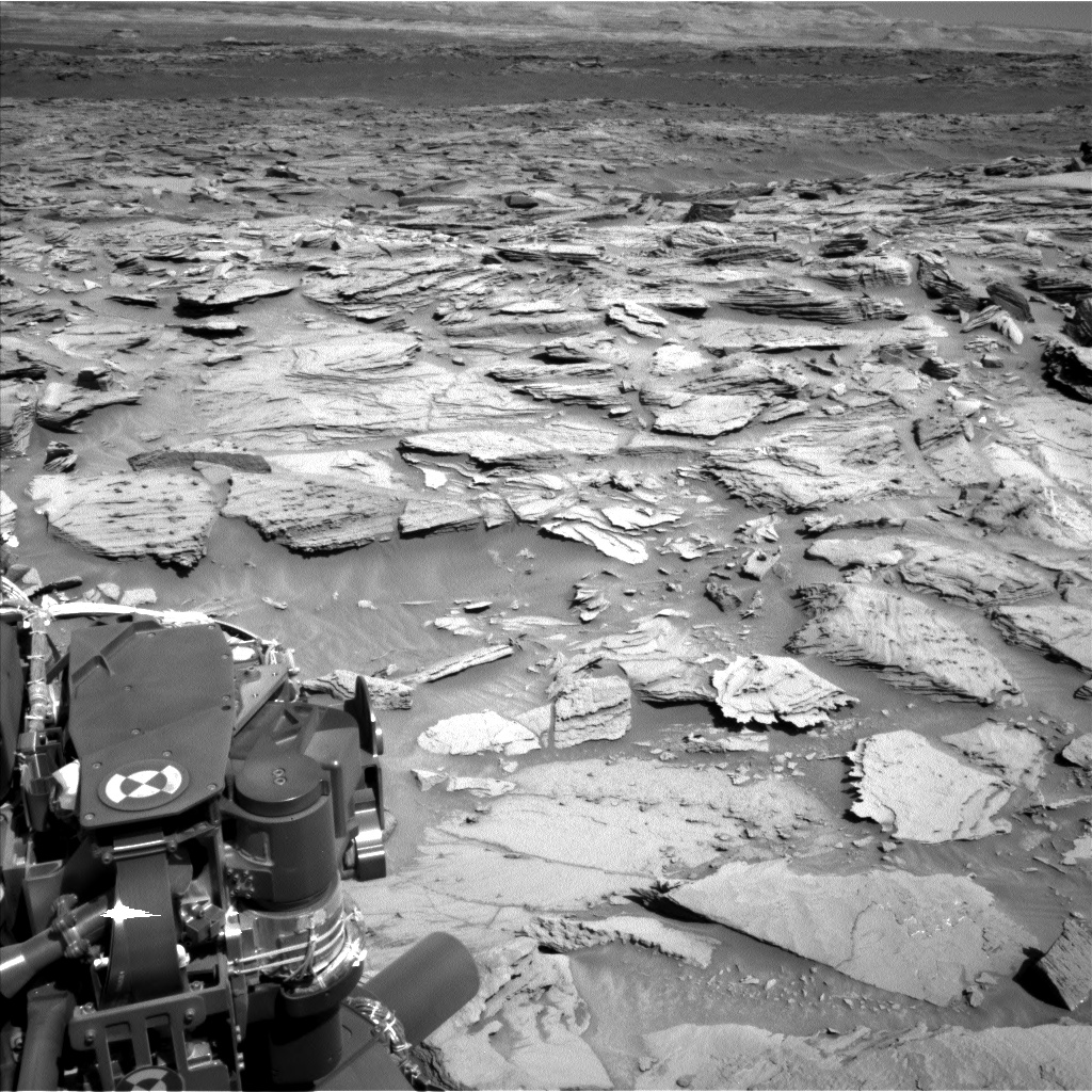 Nasa's Mars rover Curiosity acquired this image using its Left Navigation Camera on Sol 1282, at drive 1470, site number 53