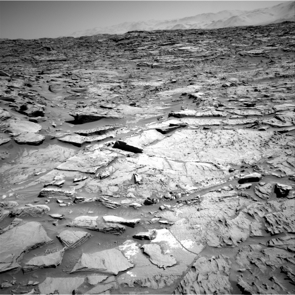 Nasa's Mars rover Curiosity acquired this image using its Right Navigation Camera on Sol 1282, at drive 1470, site number 53