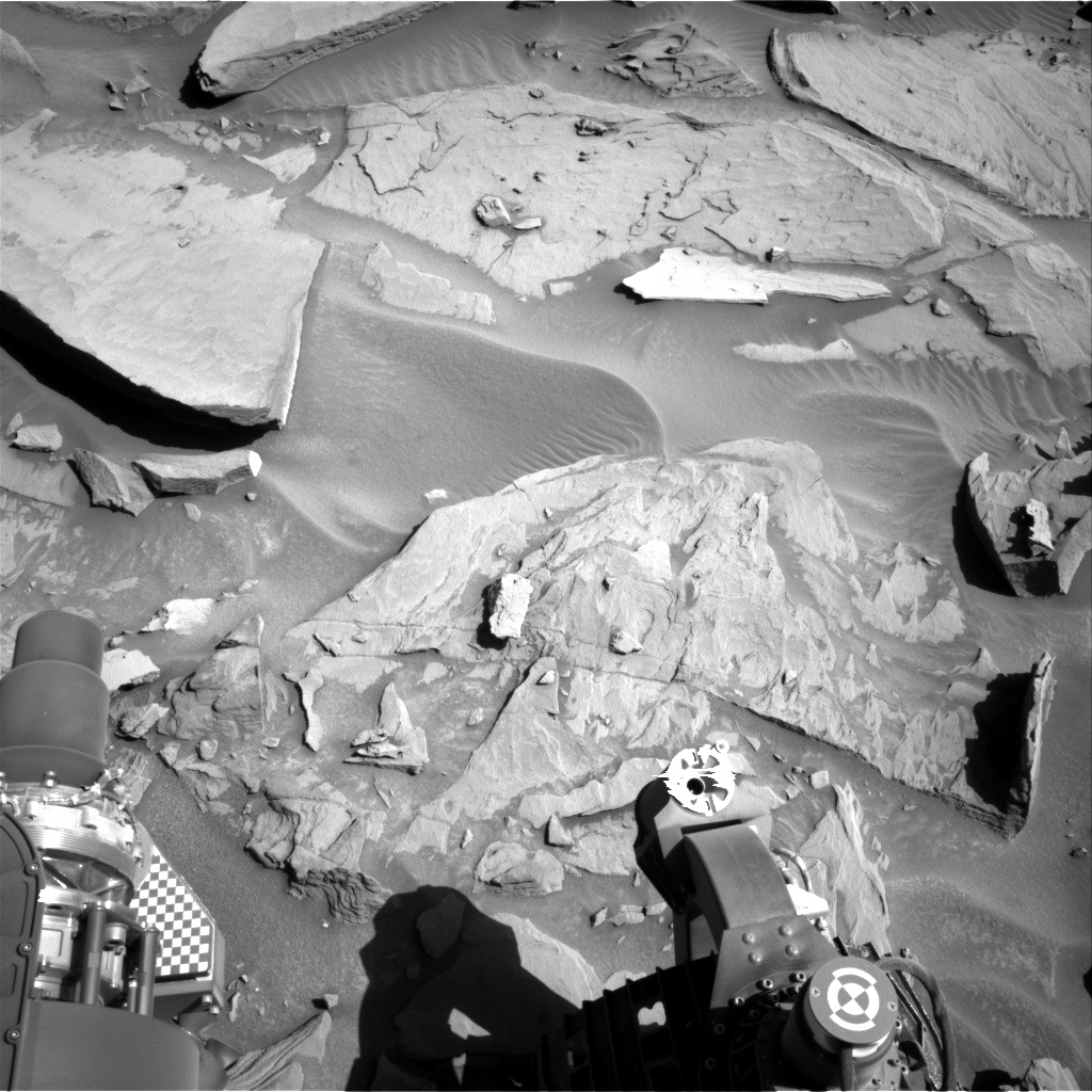 Nasa's Mars rover Curiosity acquired this image using its Right Navigation Camera on Sol 1285, at drive 1994, site number 53