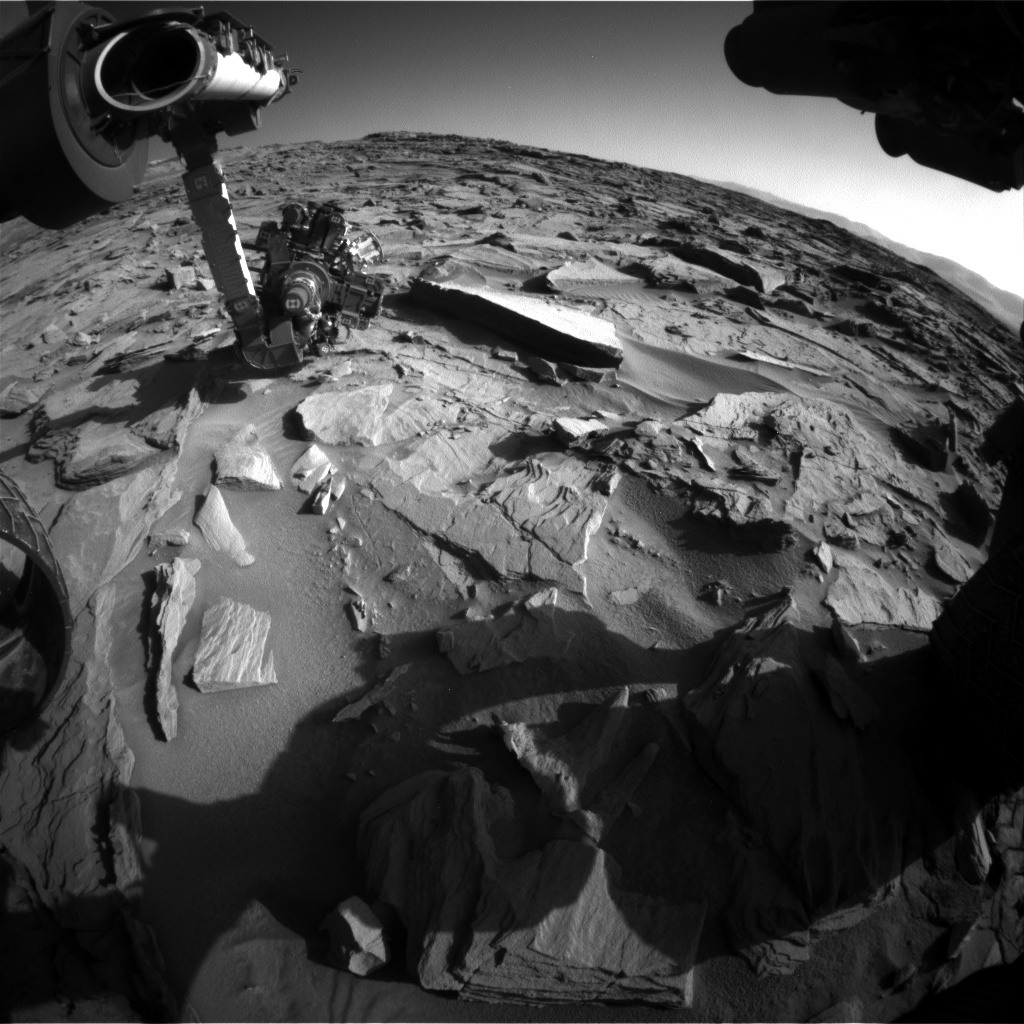 Nasa's Mars rover Curiosity acquired this image using its Front Hazard Avoidance Camera (Front Hazcam) on Sol 1287, at drive 1994, site number 53