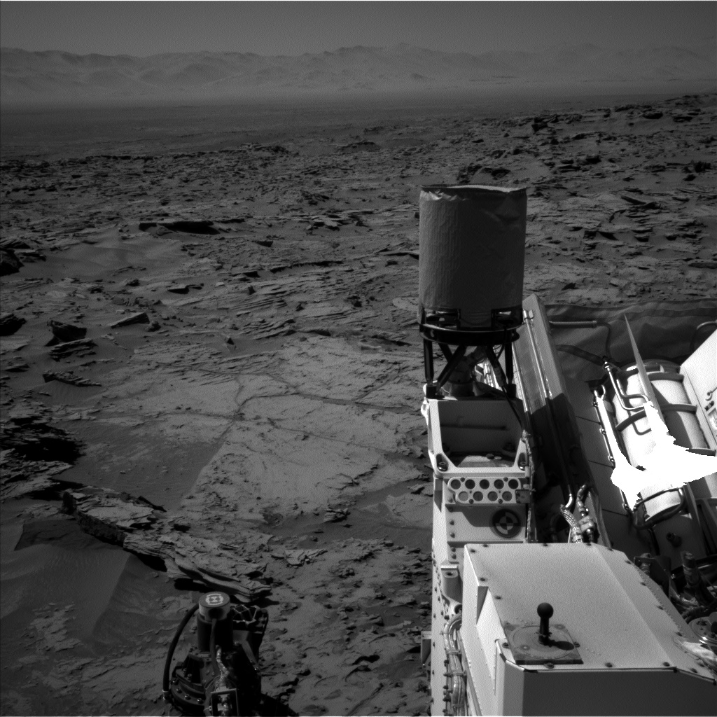 Nasa's Mars rover Curiosity acquired this image using its Left Navigation Camera on Sol 1288, at drive 1994, site number 53
