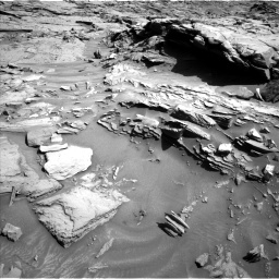 Nasa's Mars rover Curiosity acquired this image using its Left Navigation Camera on Sol 1289, at drive 2090, site number 53