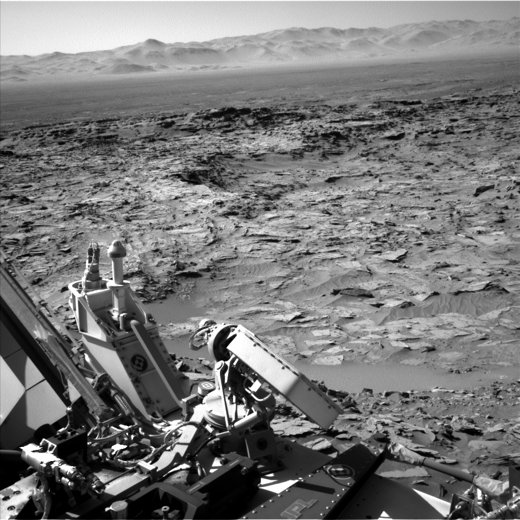 Nasa's Mars rover Curiosity acquired this image using its Left Navigation Camera on Sol 1289, at drive 2138, site number 53