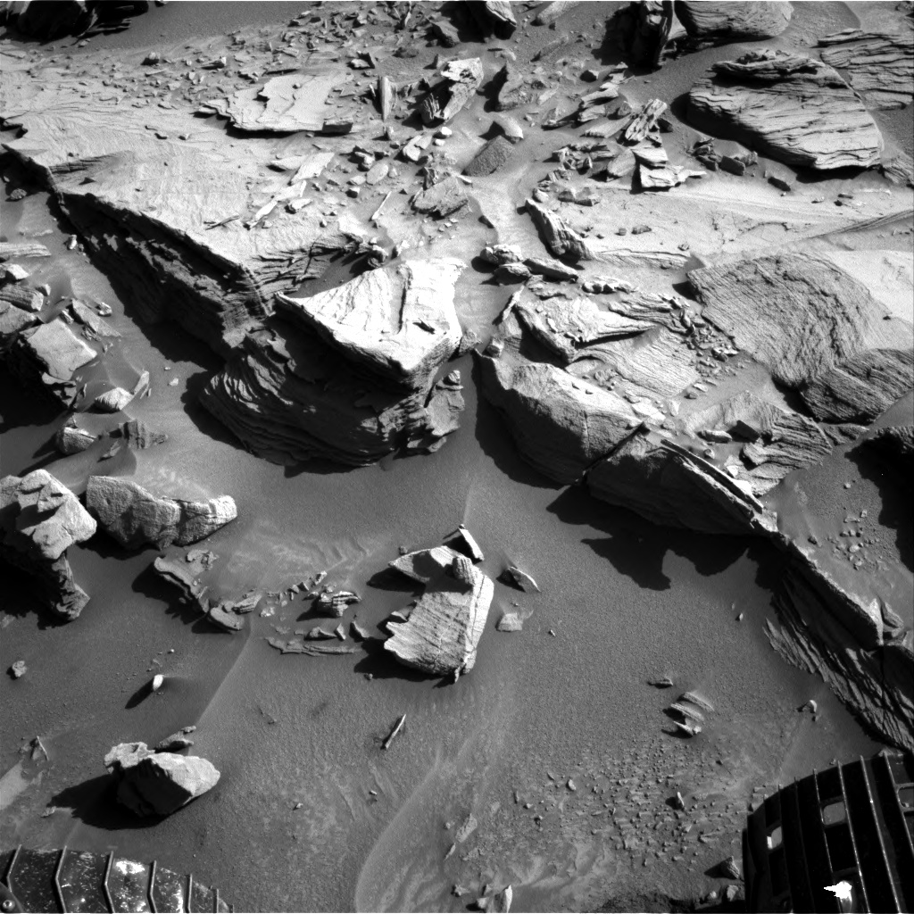 Nasa's Mars rover Curiosity acquired this image using its Right Navigation Camera on Sol 1289, at drive 2138, site number 53