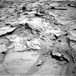 Nasa's Mars rover Curiosity acquired this image using its Right Navigation Camera on Sol 1292, at drive 2370, site number 53