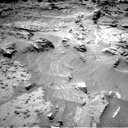 Nasa's Mars rover Curiosity acquired this image using its Left Navigation Camera on Sol 1298, at drive 2908, site number 53