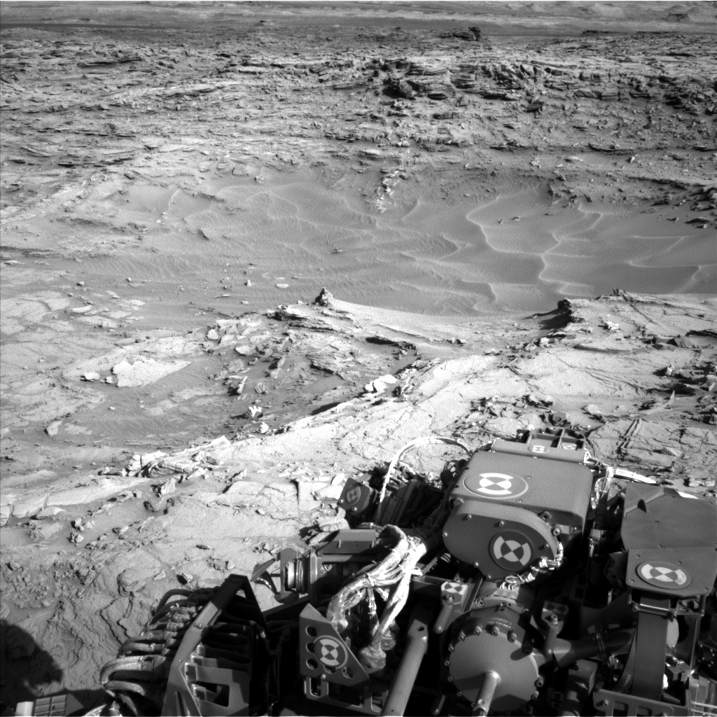 Nasa's Mars rover Curiosity acquired this image using its Left Navigation Camera on Sol 1298, at drive 2980, site number 53