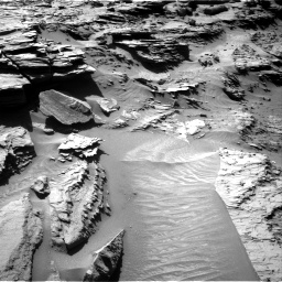 Nasa's Mars rover Curiosity acquired this image using its Right Navigation Camera on Sol 1298, at drive 2950, site number 53