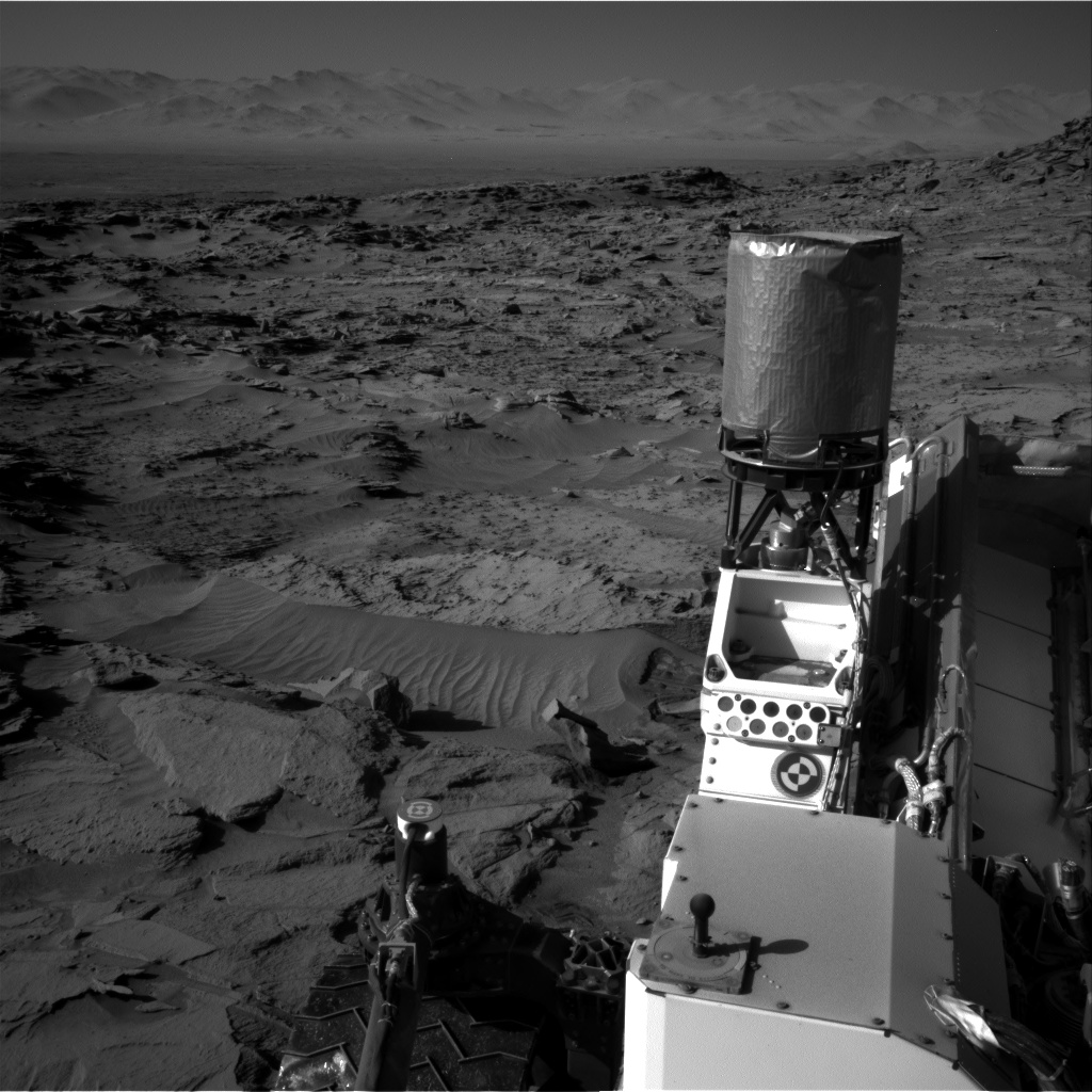 Nasa's Mars rover Curiosity acquired this image using its Right Navigation Camera on Sol 1298, at drive 2980, site number 53