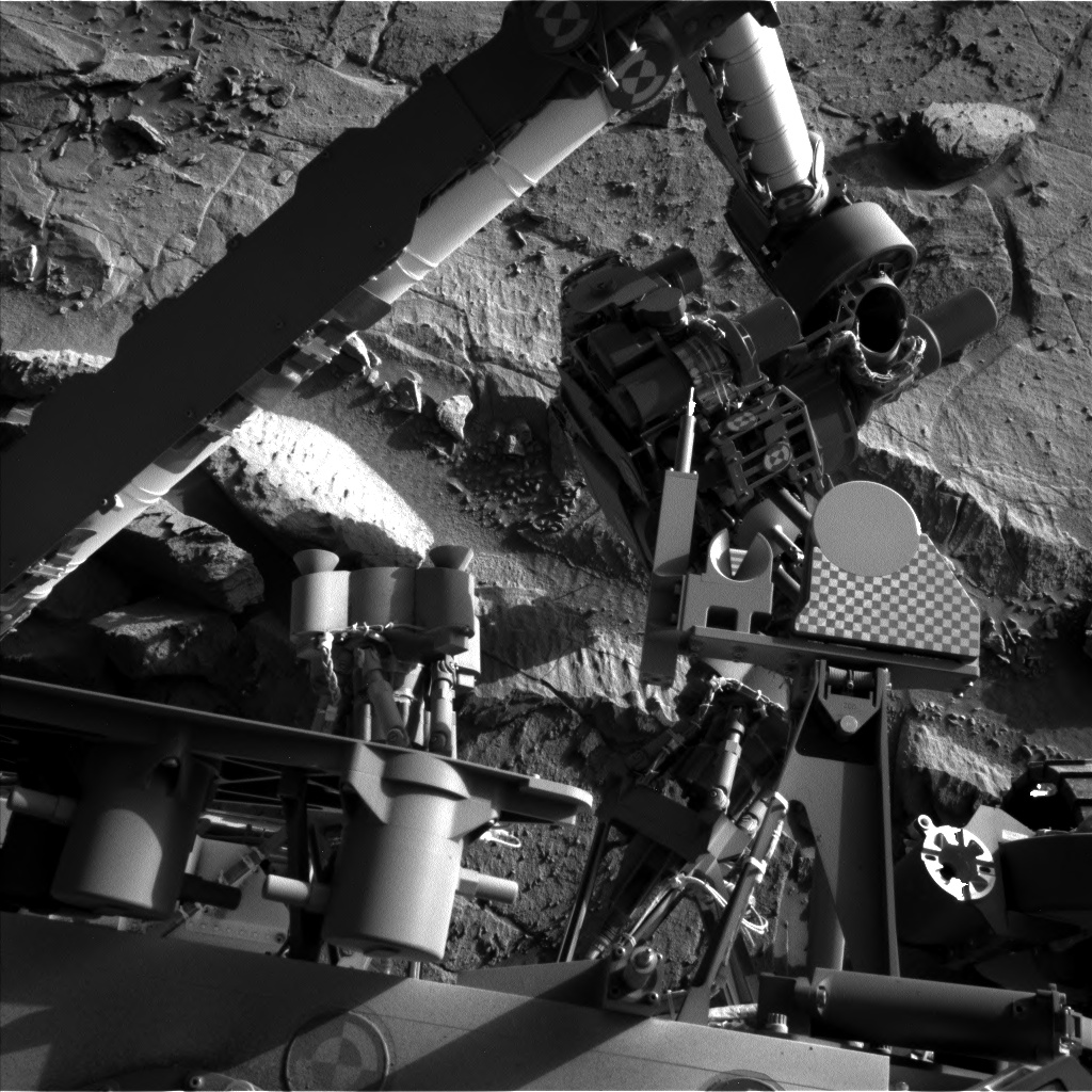 Nasa's Mars rover Curiosity acquired this image using its Left Navigation Camera on Sol 1300, at drive 2980, site number 53