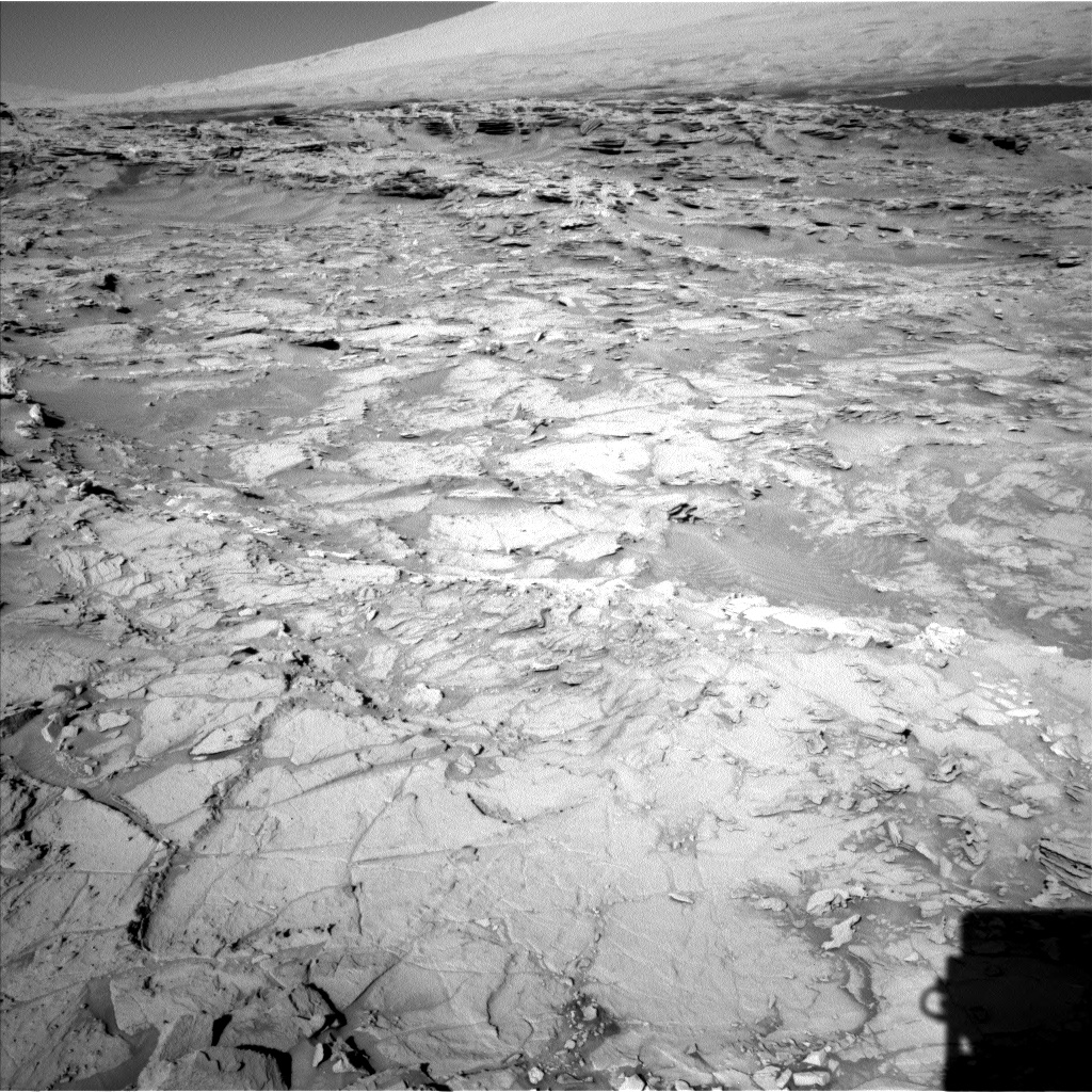 Nasa's Mars rover Curiosity acquired this image using its Left Navigation Camera on Sol 1303, at drive 6, site number 54