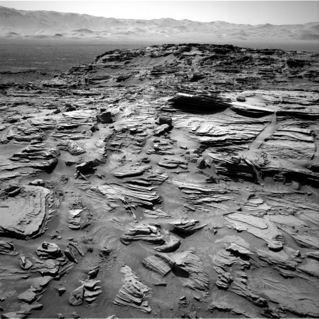 Nasa's Mars rover Curiosity acquired this image using its Right Navigation Camera on Sol 1303, at drive 6, site number 54