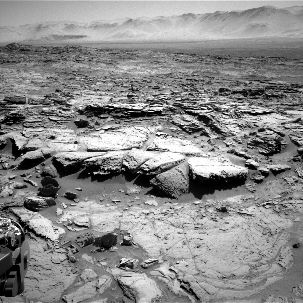 Nasa's Mars rover Curiosity acquired this image using its Right Navigation Camera on Sol 1305, at drive 10, site number 54