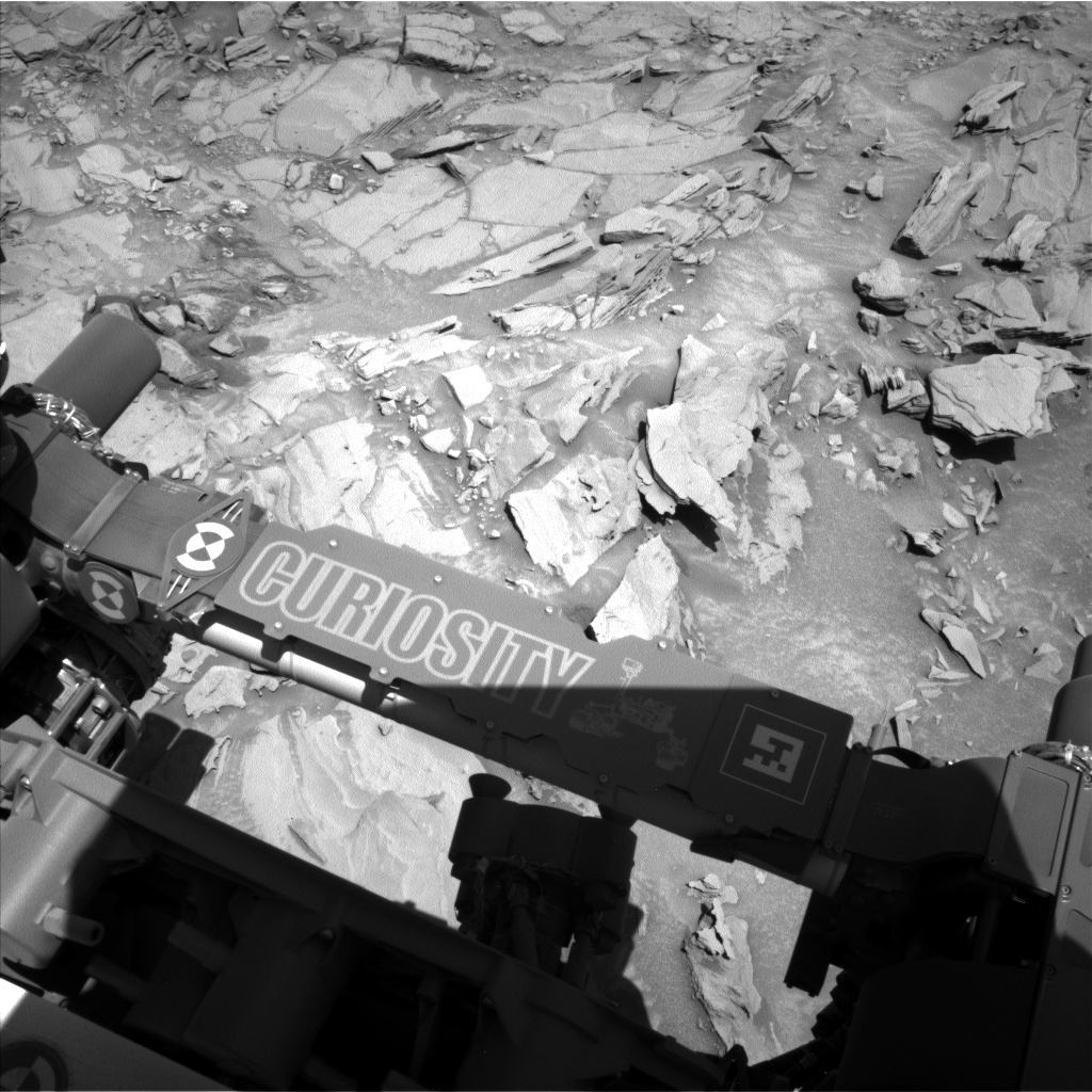 NASA's Mars rover Curiosity acquired this image using its Left Navigation Camera (Navcams) on Sol 1312