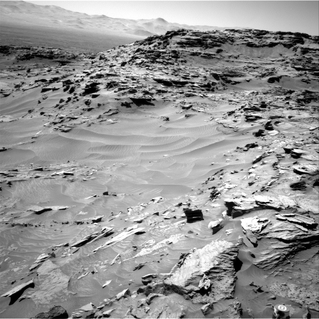 Nasa's Mars rover Curiosity acquired this image using its Right Navigation Camera on Sol 1312, at drive 388, site number 54