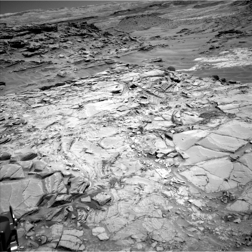 Nasa's Mars rover Curiosity acquired this image using its Left Navigation Camera on Sol 1315, at drive 412, site number 54