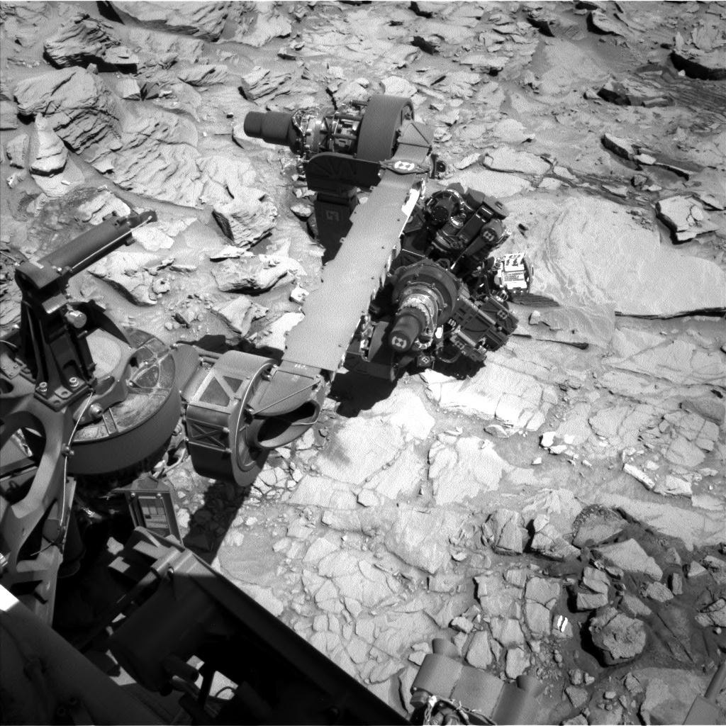 NASA's Mars rover Curiosity acquired this image using its Left Navigation Camera (Navcams) on Sol 1319