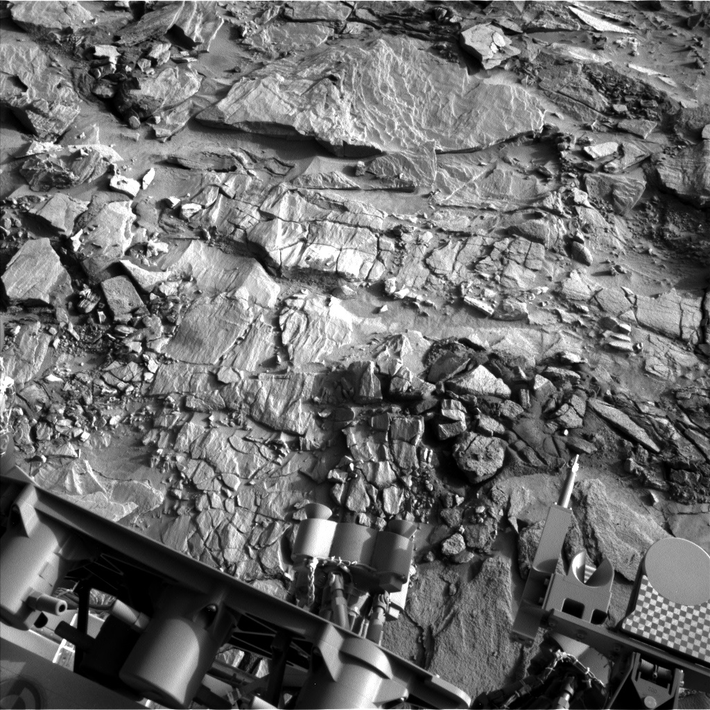 Nasa's Mars rover Curiosity acquired this image using its Left Navigation Camera on Sol 1321, at drive 746, site number 54