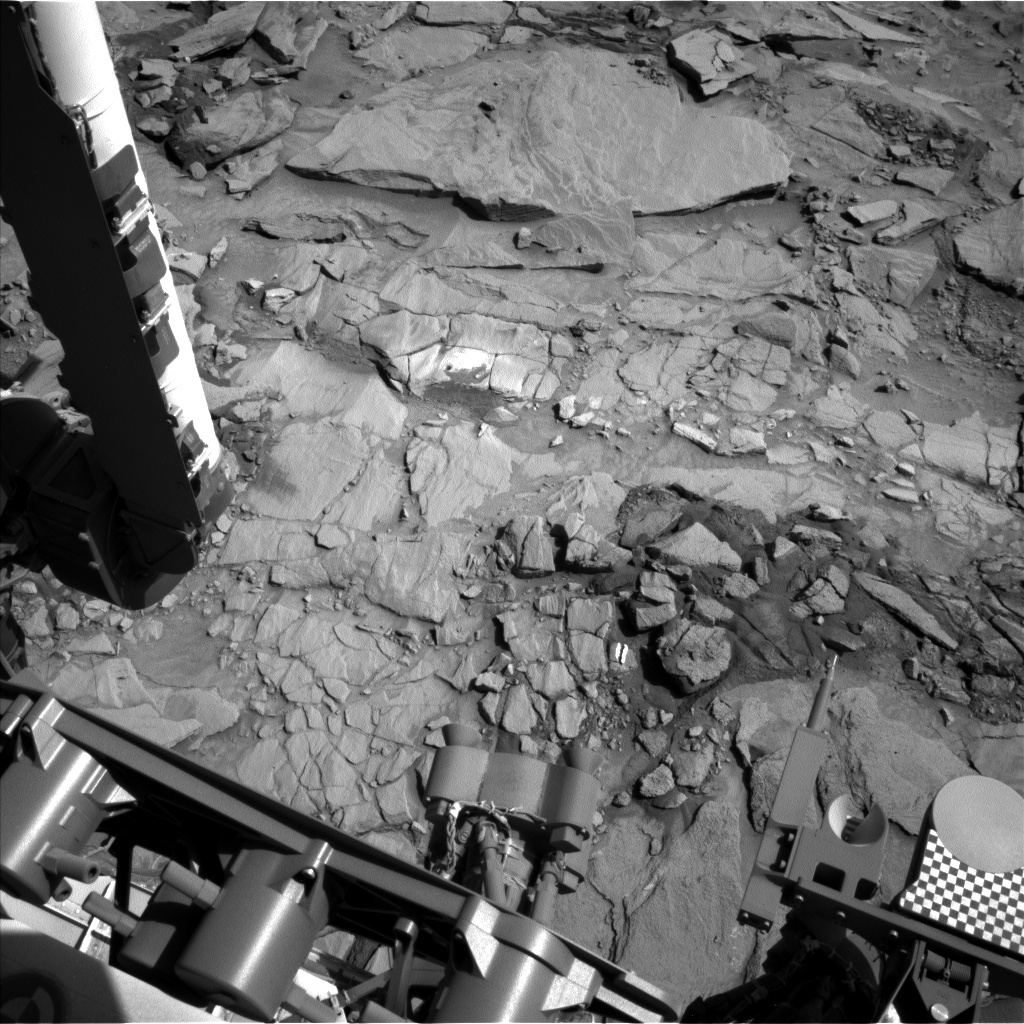 Navcam view of the workspace at Lubango