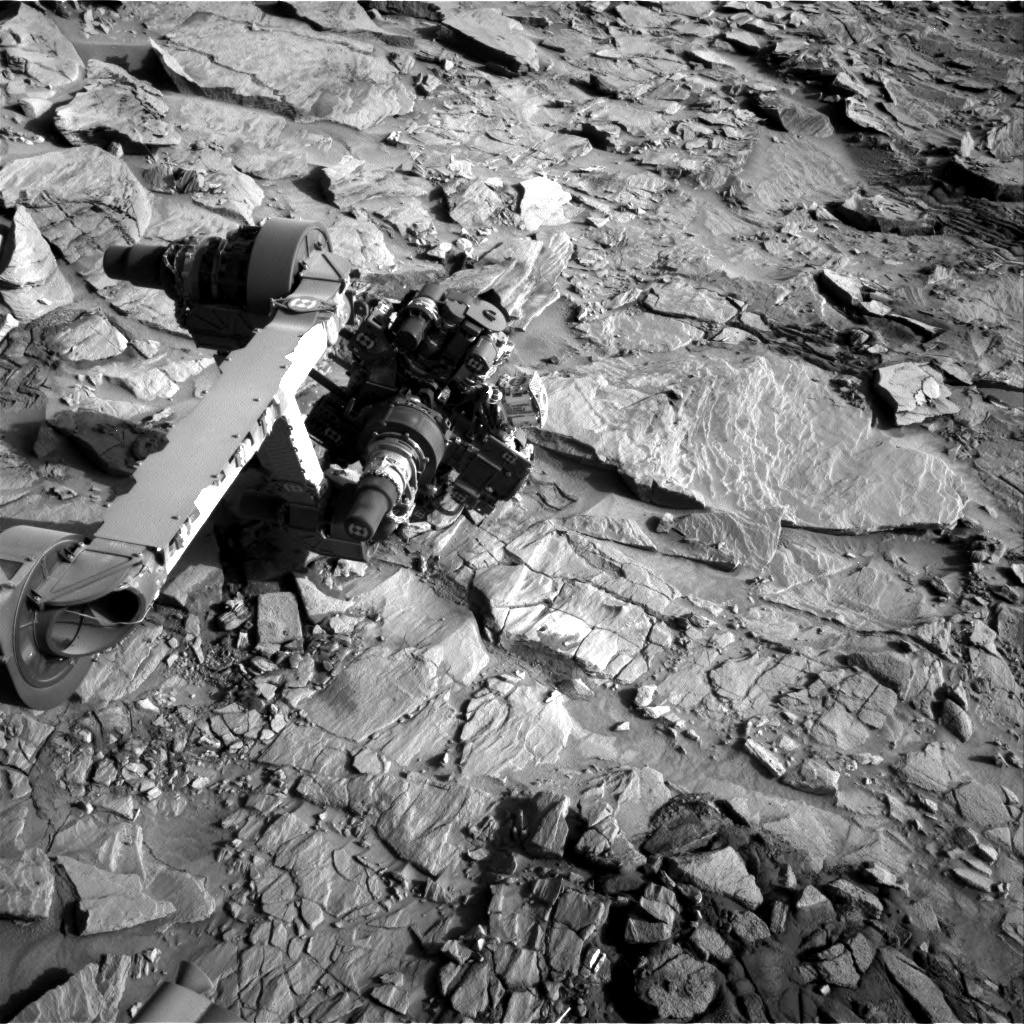 NASA's Mars rover Curiosity acquired this image using its Right Navigation Cameras (Navcams) on Sol 1326