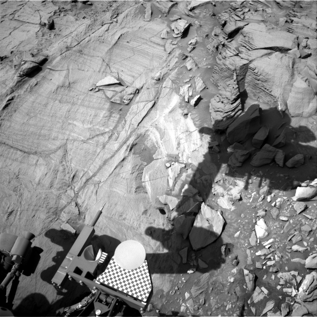 NASA's Mars rover Curiosity acquired this image using its Right Navigation Cameras (Navcams) on Sol 1329