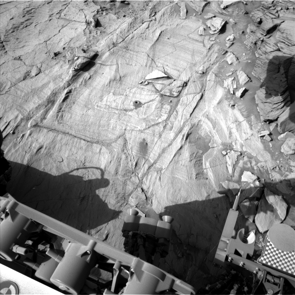 NASA's Mars rover Curiosity acquired this image using its Left Navigation Camera (Navcams) on Sol 1337
